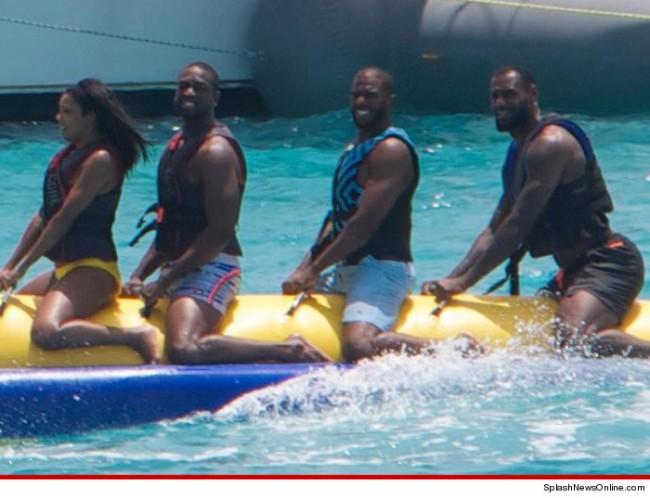 Banana Boat Pic Splashnewsonline.com
