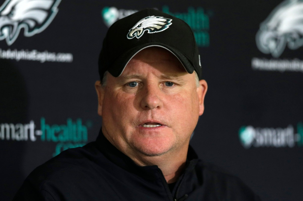 Eagles fire coach Chip Kelly