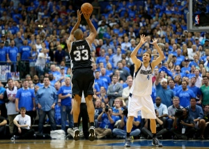San Antonio Spurs v Dallas Mavericks - Game Four